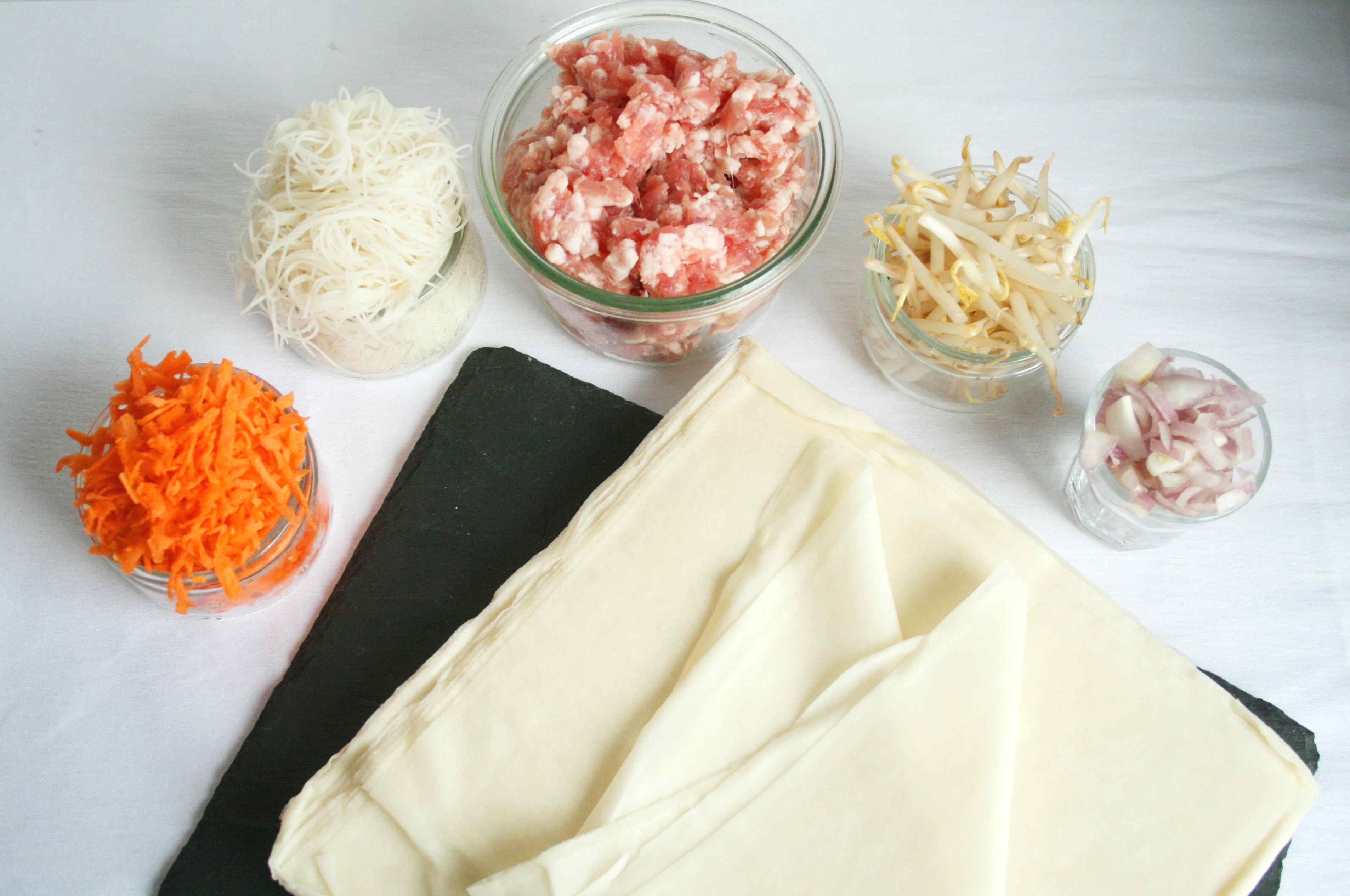 Ingredients pour des nems basiques