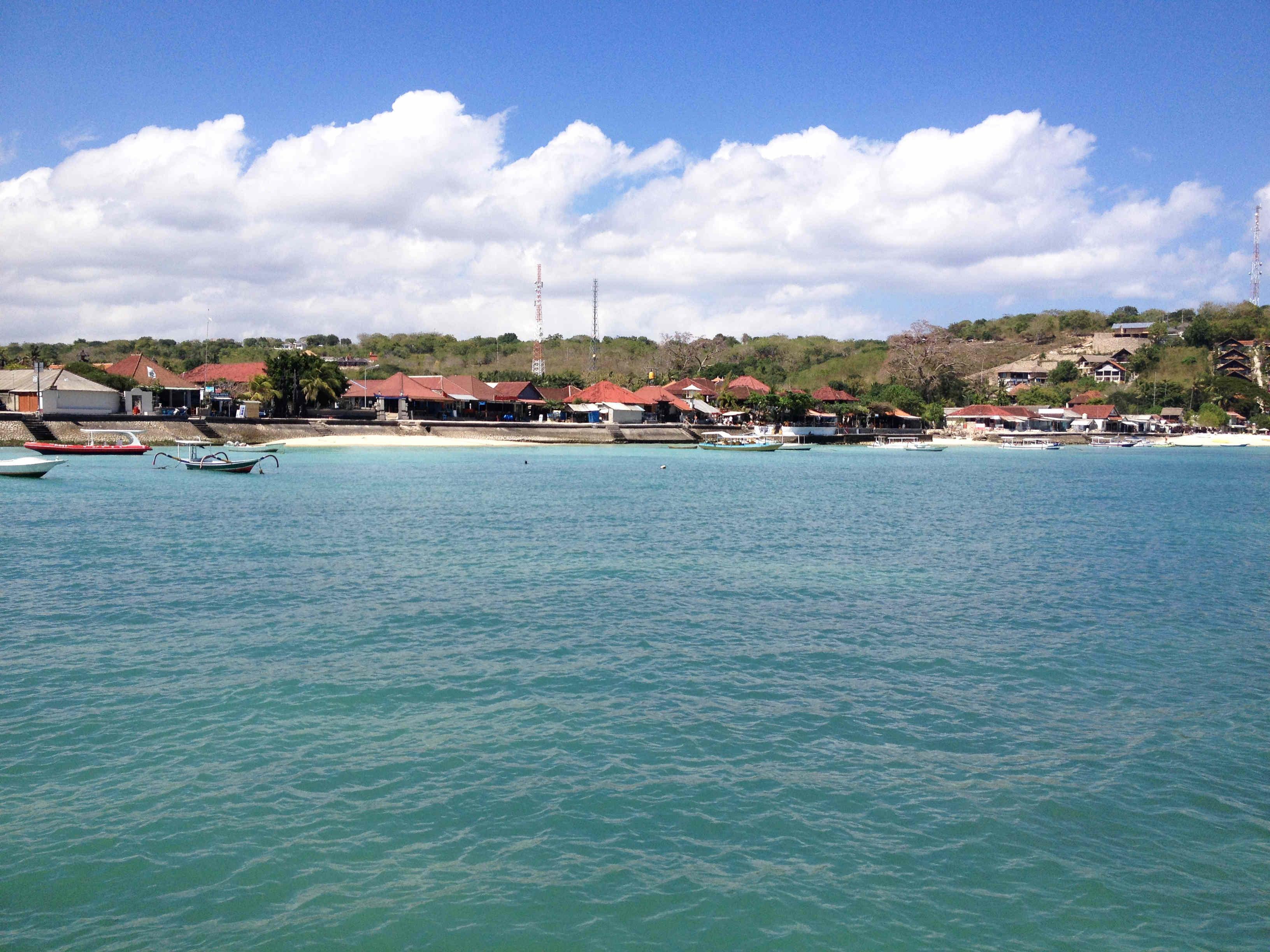 Nusa Lembongan Bay