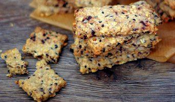 Biscuits : Sésame, Flocons d'avoine, Chocolat